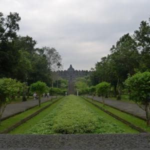 Borobudur, Java photo by Ace Bourke
